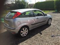 Ford focus 1.8 mp3. £400
