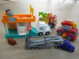 Various Toys for little ones about 2 to 3 years old. Make great Xmas Presents.