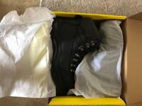 Trojan safety boots brand new size 8