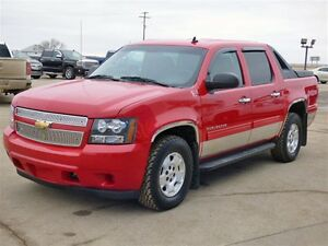 2010 Chevrolet Avalanche 1500 LS Crew, 5.3L, Cloth Split Bench,