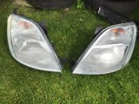 2 front lamps Ford Fiesta OS NS mk6 Other Accessories in Southside