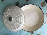 Linea iron cast pan 31 cm
