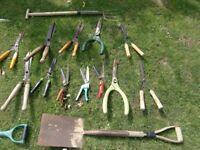 garden tools £1 each !!!! spade , shovel , fork, shears all £1 each