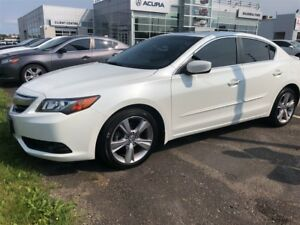 2015 Acura ILX Premium Package Sunroof, Leather, spoiler