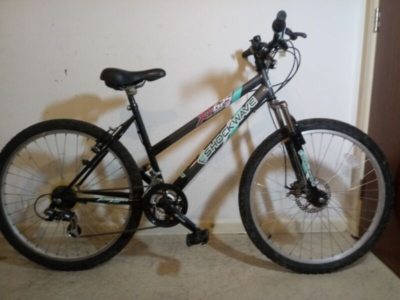 Ladies shockwave xt 675 mountain bike  17 Frame 26 Wheel 21 Speed In Good Working Order 10229 for sale  Winchester, Hampshire