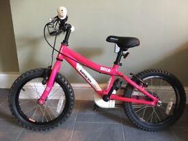 Saracen Bella girl's bike