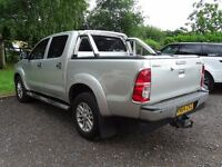 TOYOTA HILUX INVINCIBLE FULLY LOADED 2014 64 DIESEL 4X4
