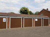 Garage/Parking/Storageto rent: Park Way Feltham TW14 9DH
