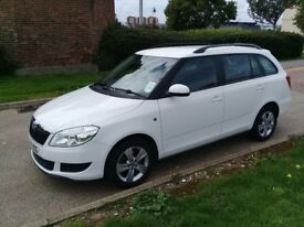 AUTOMATIC 2014 SKODA FABIA ESTATE 1.2 PETROL--£5990