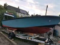 18ft Fibreglass Boat