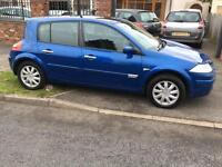 RENAULT MEGANE 1.6 DYNAMIQUE FACE-LIFT MODEL **HIGH SPEC MODEL WITH PANORAMIC ROOF **