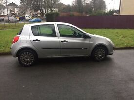 Renault Clio 57reg New shape,ideal 1st car low insurance group ,px options available