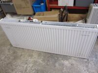 Central heating radiator 140 cm, with valve, hardly used