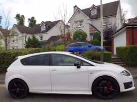 (2011) SEAT LEON CUPRA R 300 BHP+ WHITE LOW MILEAGE, FSH, 7 STAMPS+RECEIPTS, HUGE SPEC, NAV, LEATHER