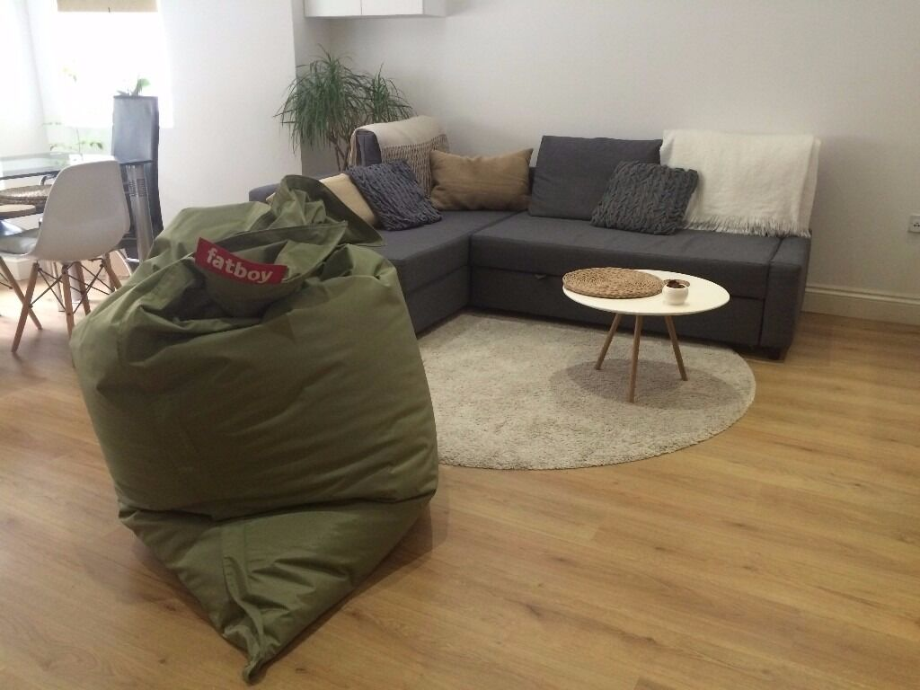 Large IKEA ADUM Round Rug Carpet in Beige Off White Colour in Very Good Condition (High Pile ...