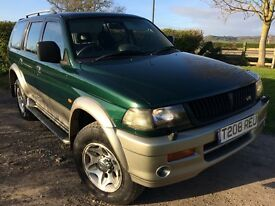 4x4 1 owner,main dealer history,lovely condition,Mitsubishi challenger 3.0 V6 ,4 x 4
