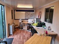 Office/ Unit to let