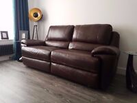 AMAZING NEARLY NEW 100% LEATHER ELECTRIC RECLINING SOFA 3 SEATER