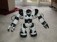 Brand New Robosapien Robot Age 6+ (No Packaging)