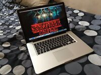 APPLE MACBOOK PRO 15 INCH 2.9GHZ QUAD CORE i7 256GB SSD BLUETOOTH WIFI OFFICE4MAC DVDRW HD WEBCAM