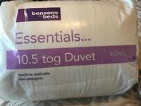 King size bedding bundle and brand new quilt included