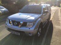 Nissan Navara Aventura 2.5 turbo top of the range. Diesel. Manual