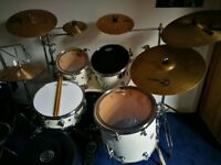 Experienced drum tutor to all levels, based in Whalley Range, travels to pupils