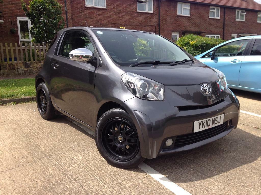 toyota iq 1 3 in epping essex gumtree. Black Bedroom Furniture Sets. Home Design Ideas