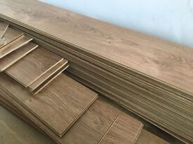 Laminate Flooring - Light Oak - 13 m2 (includes underlay)