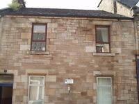 2 bedroom property with a garden available to let in Commercial Street, Kirkcaldy.