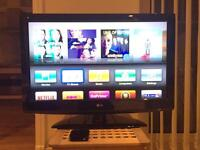 "LG full HD TV 36"" and Apple TV 2nd gen"