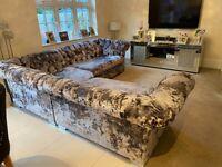 Stunning Double Crushed Velvet Chesterfield Corner Sofa