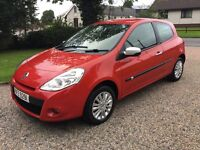 2010 RENAULT CLIO 1.2 i - music -- SUPER CONDITION - LOW RUNNING COSTS --