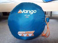 Vango Atlas 250 Adult Sleeping Bag (Blue)
