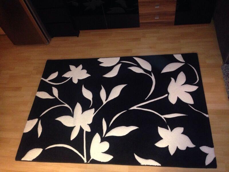teppich schwarz weiss in eimsb ttel hamburg schnelsen ebay kleinanzeigen. Black Bedroom Furniture Sets. Home Design Ideas