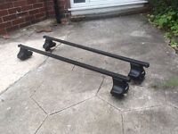 Thule Roof Bars suitable for Ford Fiesta 2002 - 08 or other small car. Lockable to car.
