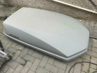 Halfords exodus roof box 470L with key and clamps £140