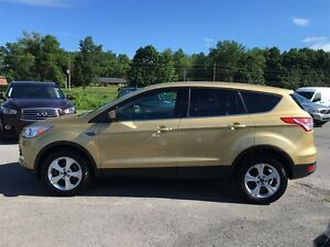 2014 Ford Escape SE - GREAT OF FUEL LOW KMS