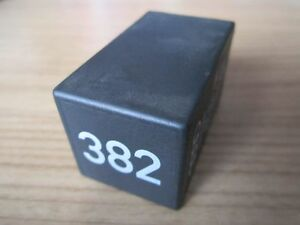 relais 382 einstiegsbeleuchtung audi a3 8l a4 s4 b5 a8 s8. Black Bedroom Furniture Sets. Home Design Ideas