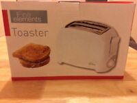 NEW Fine Elements Toaster - 2 Slice Toaster