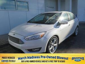 2016 Ford Focus Titanium Nav. Moonroof.