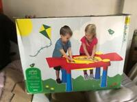 Kids outdoor sand and water table