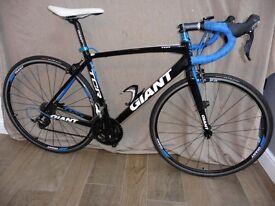 GIANT TCR 1 Road Bike , Aluminium Frame carbon forks size Medium .