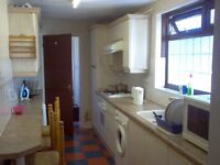 Double Room shared Student House 15 min Walk Coventry University CV1 area