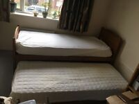 Guest Hideaway single/extended double bed in excellent condition