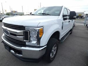 2017 Ford F-250 XLT & 6 SEATS & SUPERDUTY & BACK UP CAM