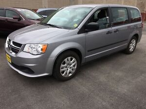 2014 Dodge Grand Caravan SE, Stow N Go Seating **ONLY 42,692km**