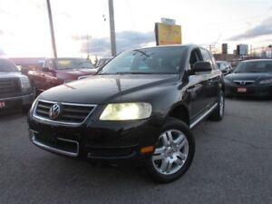 2004 Volkswagen Touareg 4x4, Navigation, Rear Camera, Leather, S
