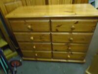 Pine chest of 8 drawers
