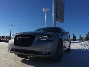 2016 Chrysler 300 Low Mileage, 300S AWD